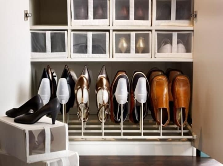 111 Gak Cuma Rapi, 12 Inspirasi Penyimpanan Sepatu Anti Mainstream Ini Bisa Bikin Ruangan Tampak Lebih Indah