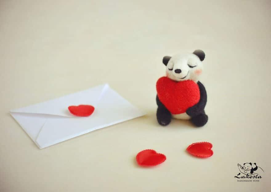 20-Cutest-Felted-Toys-Ever-By-LaKosta-59b2b3a4ca3f5__880 Cute Banget, Kamu Pasti Gak Nyangka Kalau 18 Miniatur Hewan Ini Dibuat dari Kain Wol