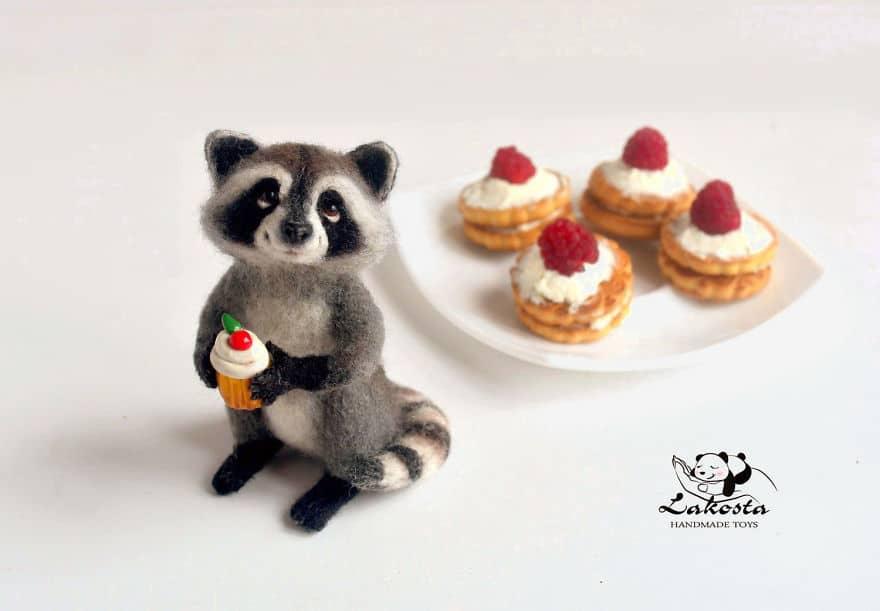 20-Cutest-Felted-Toys-Ever-By-LaKosta-59b2b3c76f6f0__880 Cute Banget, Kamu Pasti Gak Nyangka Kalau 18 Miniatur Hewan Ini Dibuat dari Kain Wol