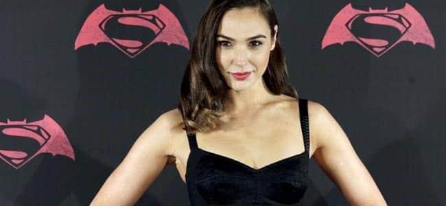 """4524_Gal-Gadot Belajar Jadi """"Wonder Woman"""" dari 9 Fakta Mengejutkan tentang Gal Gadot"""