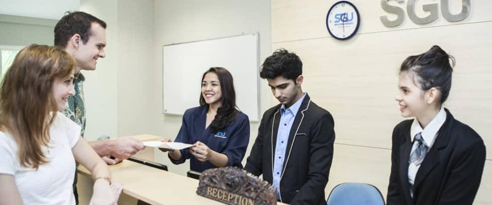 SGU_55-1-980x408 Masih Bingung Kuliah di Mana? Cari Tahu 4 Fakta Menarik dari Universitas Internasional Pertama di Indonesia Ini, Yuk!