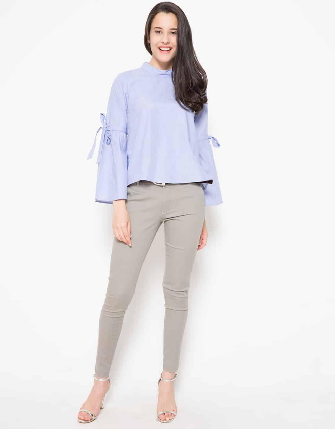 connexion-ribbon-sleeves-detailed-blouse-biru_3911037_4_29191 Bosan Baju Lebaran Warna Putih? Coba 11 Blouse Berwarna Pastel di Bawah 250 Ribu Ini!