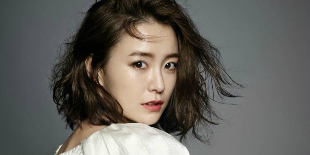 jung-yoo-mi_1457626714_af_org Wajah 25 Selebriti Korea Ini Dikagumi Netizen Perempuan. Adakah Yang Menjadi Idolamu?
