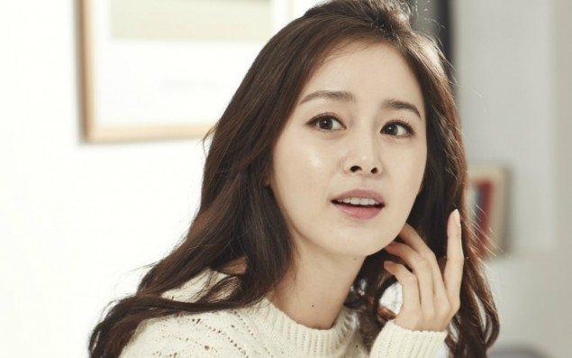 misc_1467747626_e_kimtaehee Wajah 25 Selebriti Korea Ini Dikagumi Netizen Perempuan. Adakah Yang Menjadi Idolamu?