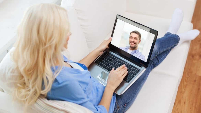 next-online-dating_0 Supaya Nggak Kelamaan Jomblo, Kamu Harus Coba 5 Trik Online Dating Ini
