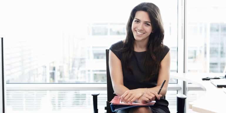 o-OFFICE-WOMAN-facebook-770x385 Lebih dari Menghasilkan Uang, Ini 5 Keuntungan kalau Kamu Punya Pekerjaan Sampingan
